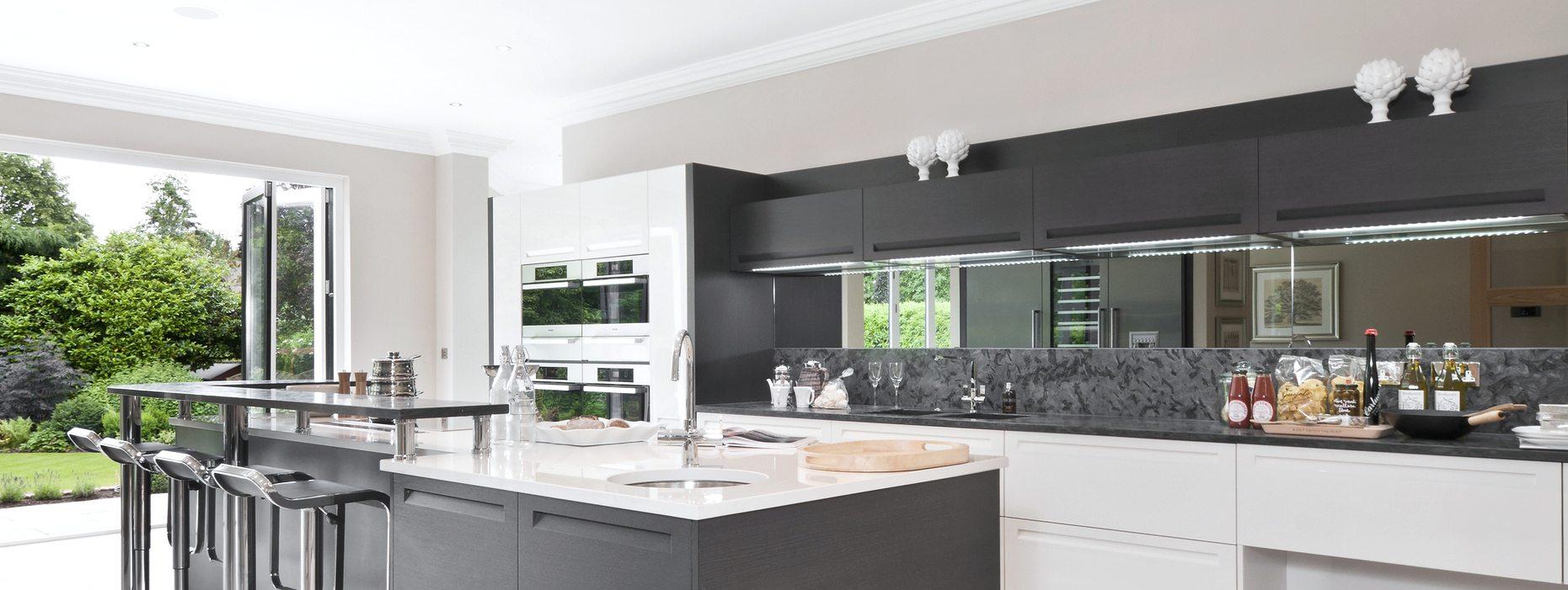 Kitchen - Mirrored Splashbacks