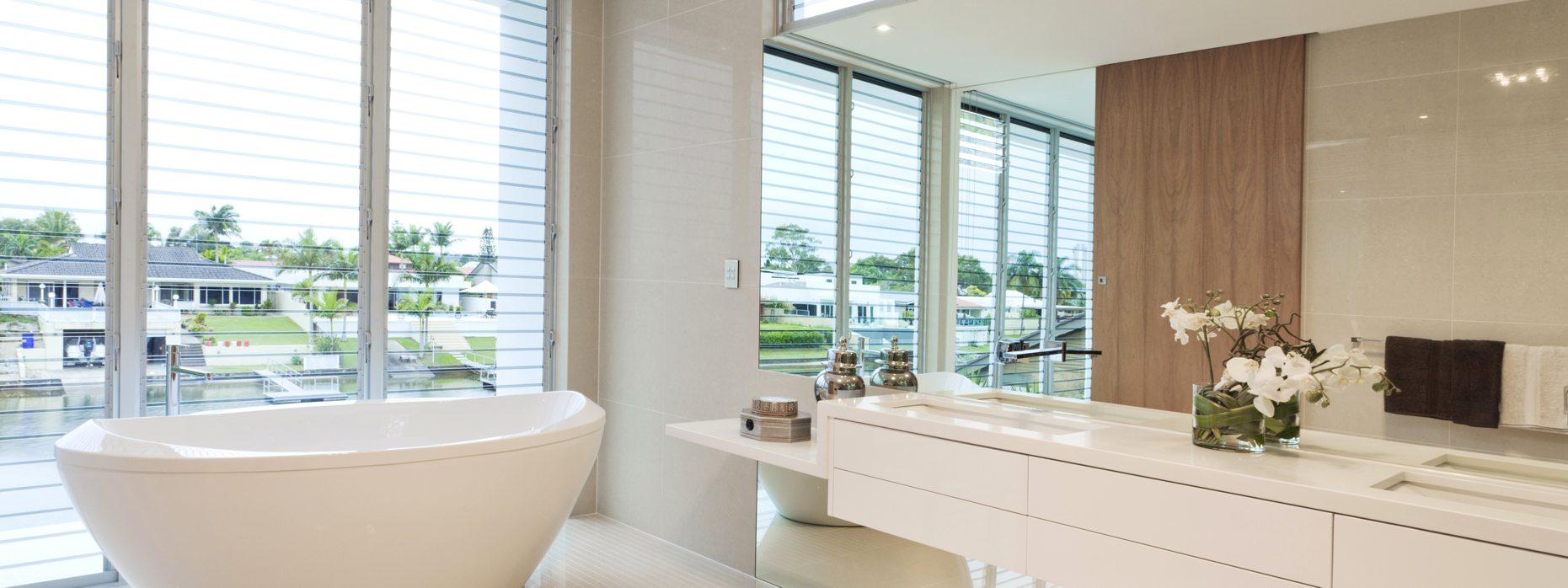 Bathroom - Mirrored Splashbacks