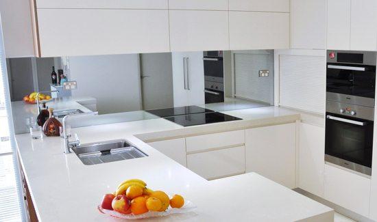 Kitchen 04 - Mirrored Splashbacks