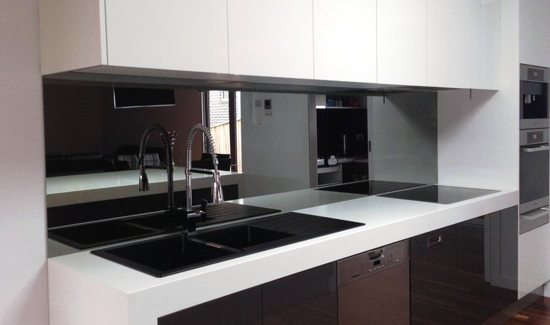 Kitchen 02 - Mirrored Splashbacks