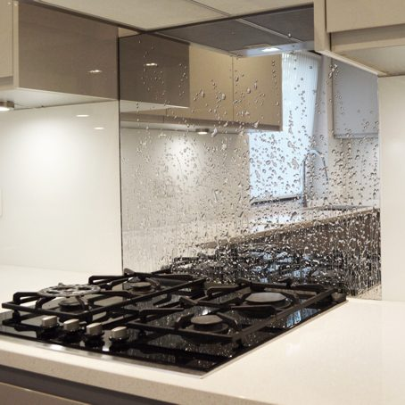 Liquid Mirror Splashback - Droplets