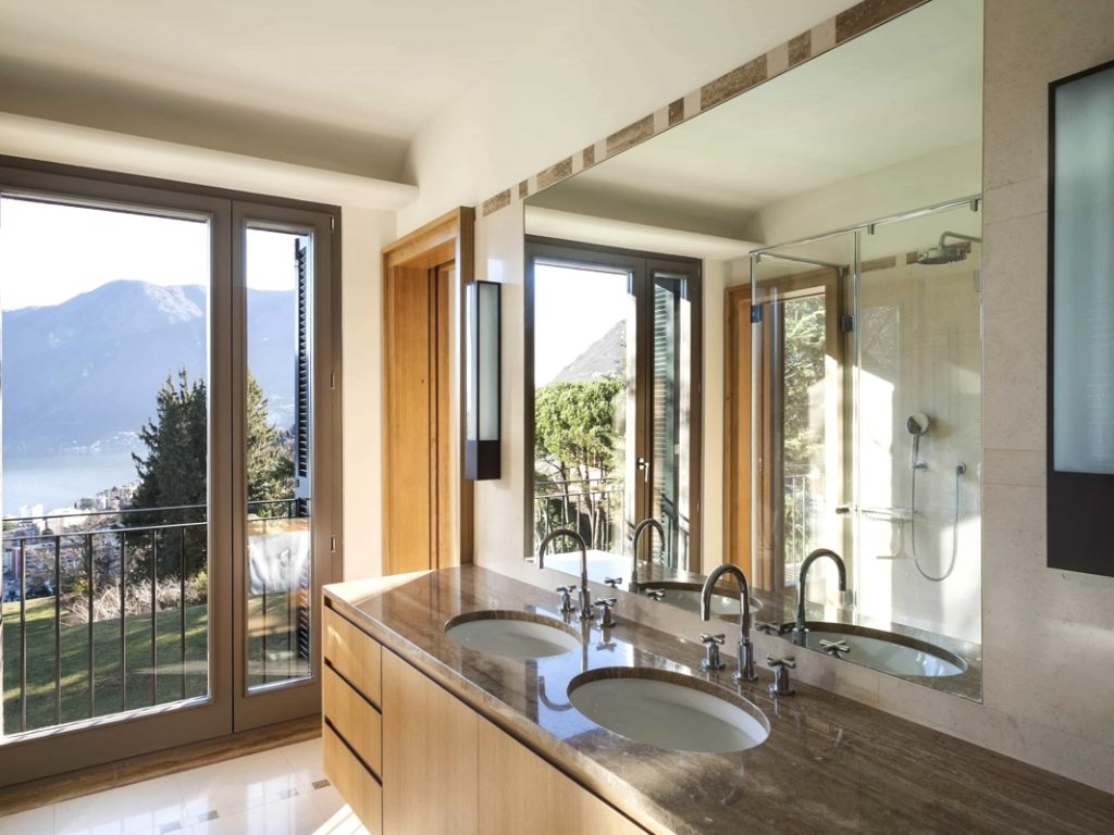 Mirror Splashbacks - Bathroom 1