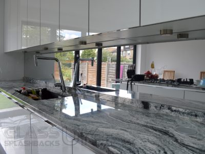 Plain - Heat Resistant - Mirror Splashbacks