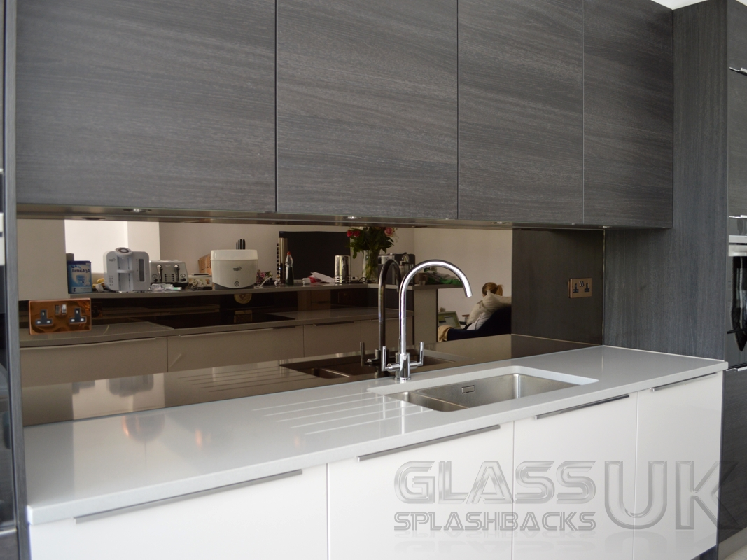 Mirrored Kitchen Splashback | Glass Splashbacks UK