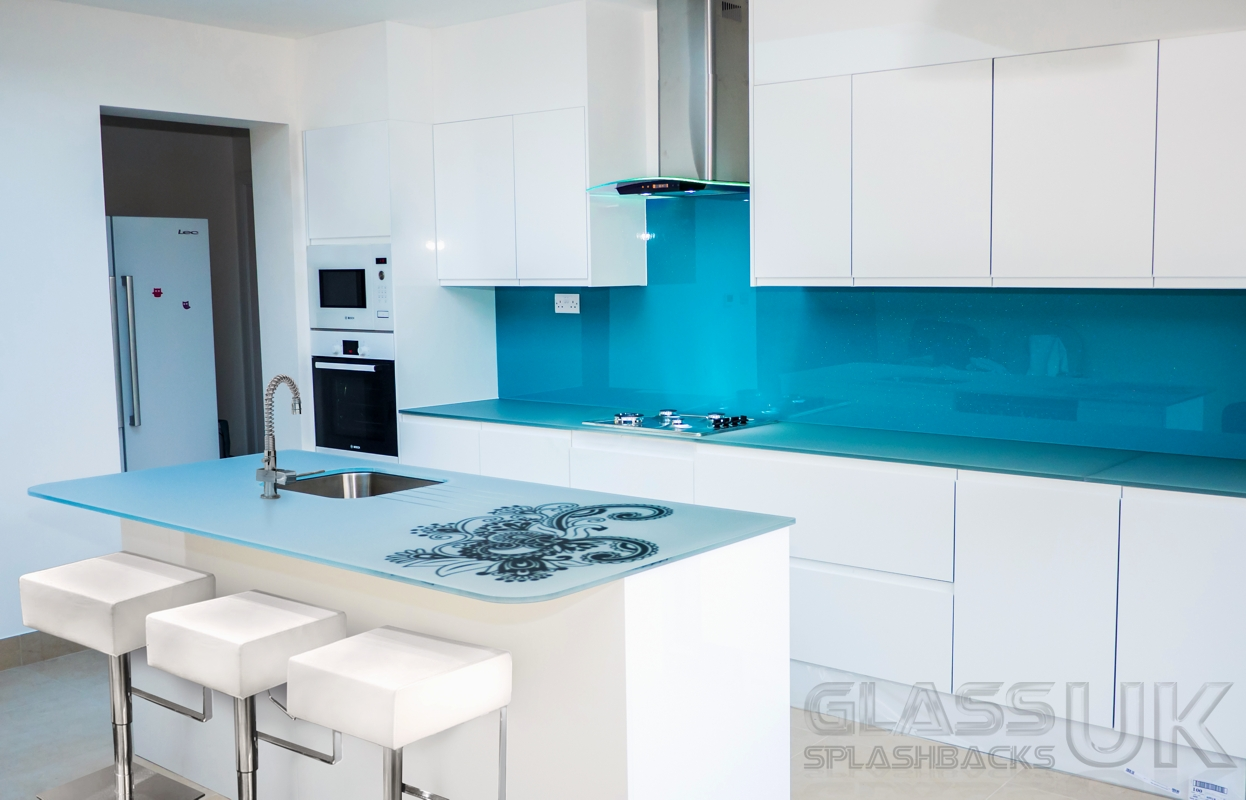 Coloured Glass Splashback – Glass Splashbacks UK