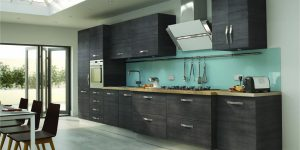 Modern Kitchen with Splashback